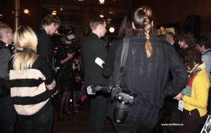 fotografer, gruppfotografering, backstage, bakomscen, guldbaggen, guldbaggen50, om filmer, Camilla käller